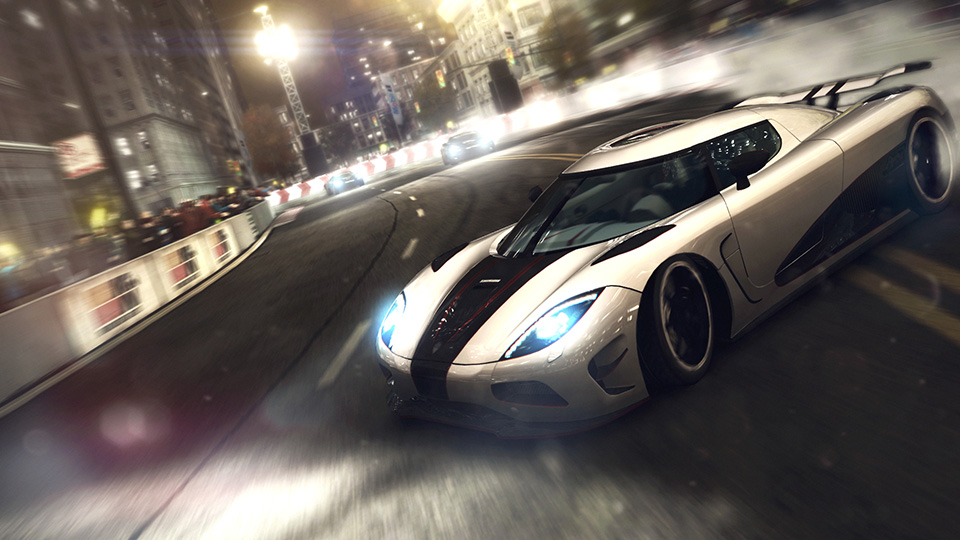 The Koenigsegg Agera R tears up the track in an immense drift.