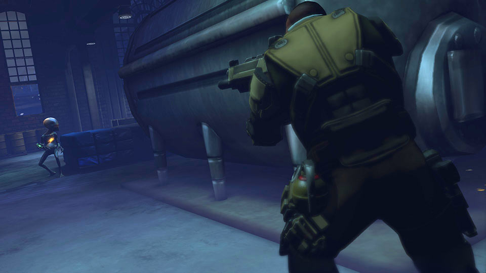 An XCOM soldier takes out a sectoid.